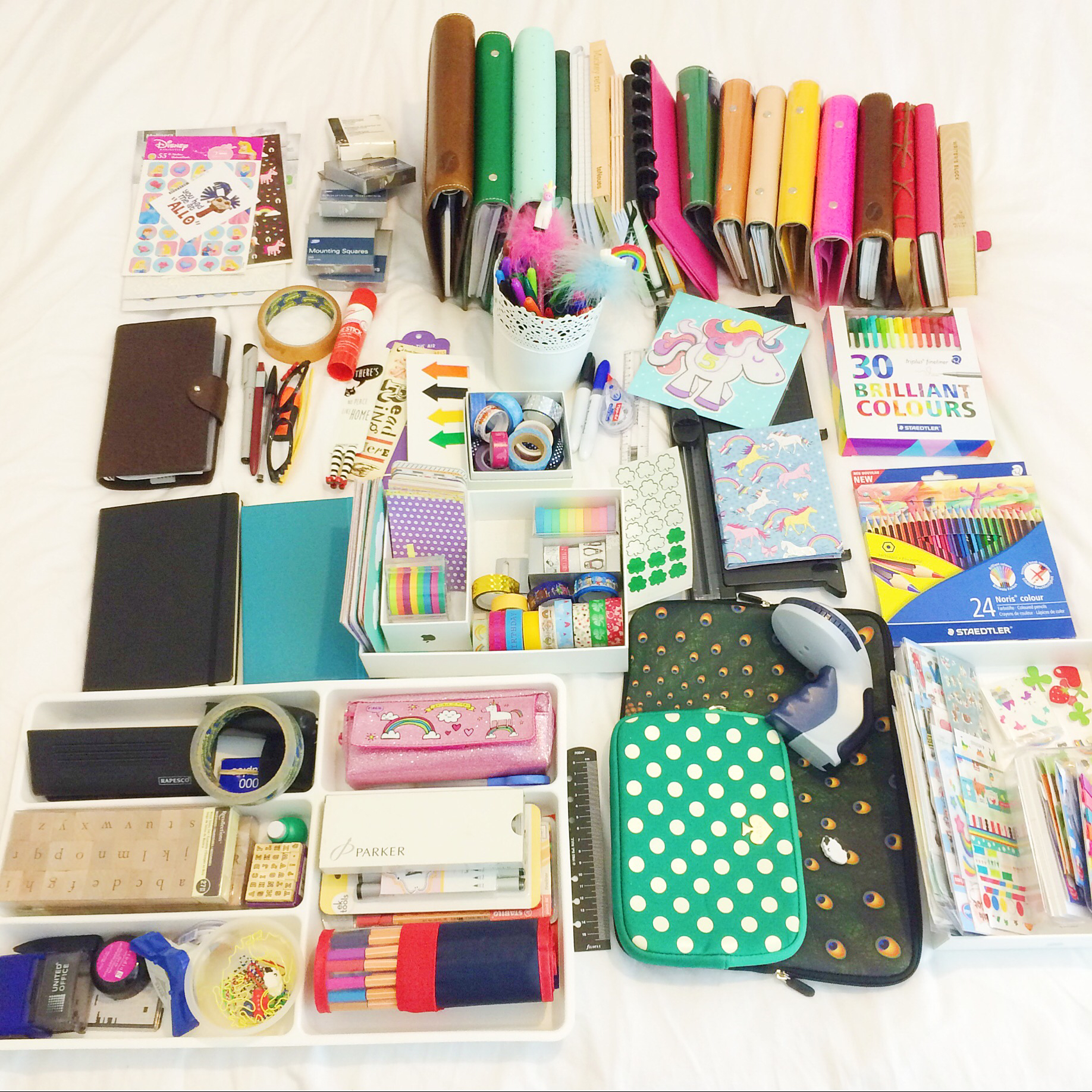 KonMari Kons: The Downsides to the KonMari Method | stationary | planners